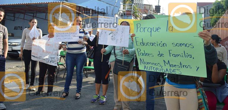 bloqueo_chilpancingo_protesta (2)