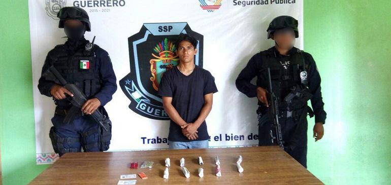 detenido_droga_acapulco_policia-estatal (1)