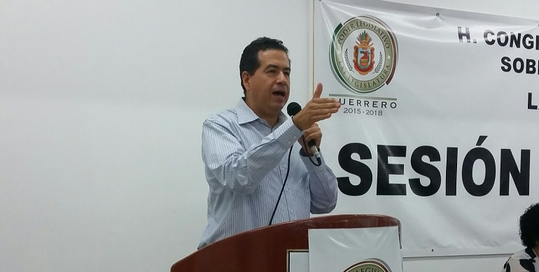 iniciativa_ricardo_mejia_congreso