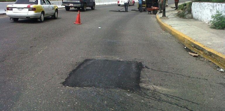 bacheo_carretera_acapulco_mexico (1)