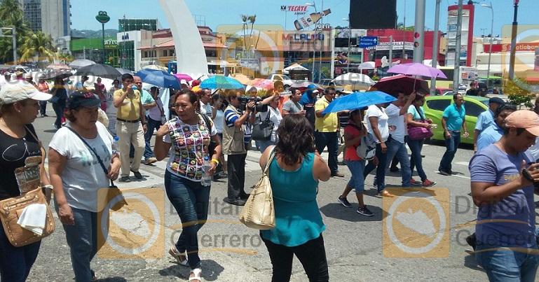 bloqueo_costera_maestros_ceteg_acapulco (4)