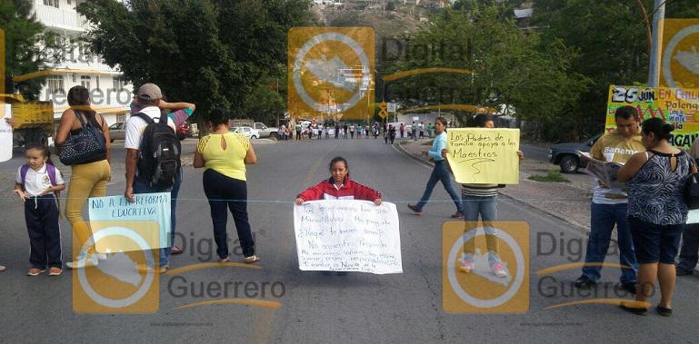 bloqueos_calles_chilpancingo (2)