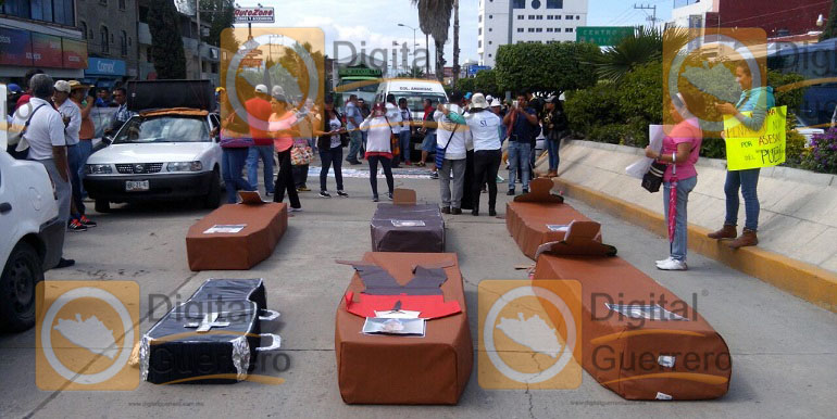 marcha_chilpancingo_reforma_educativa (1)