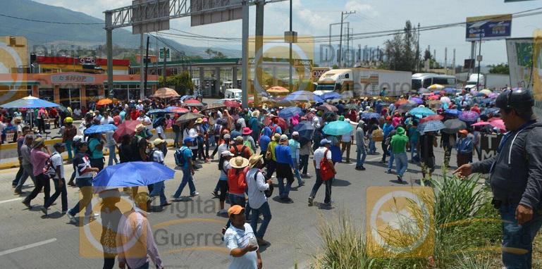 marcha_chilpancingo_reforma_educativa (4)