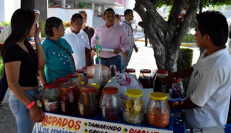 vendedores_rapados_acapulco_via_publica (1)