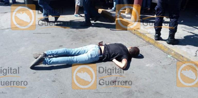 joven_ejecutado_mercado_zihuatanejo