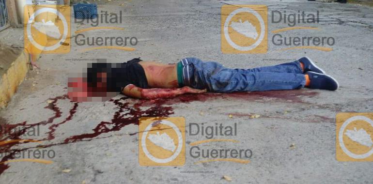 Ejecutan a dos hombres en Zihuatanejo, tras diversos ataques