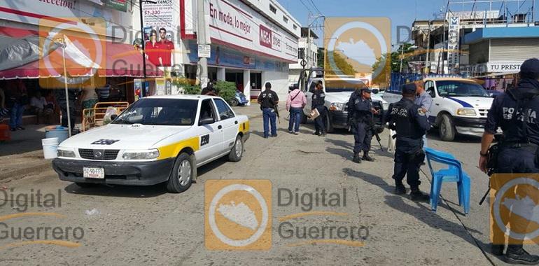 Ejecutan a un taxista en el boulevard Vicente Guerrero de Acapulco