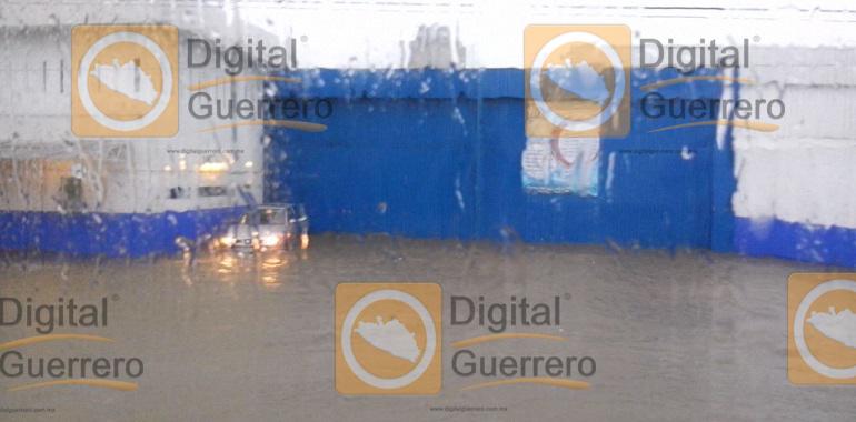 Lluvias provocan inundaciones en Guerrero 3