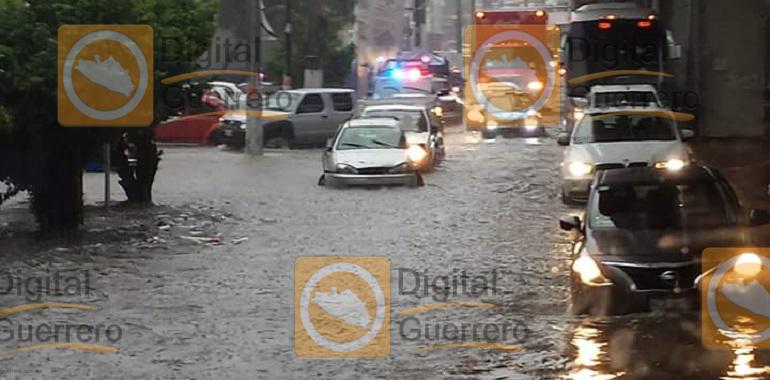 Lluvias provocan inundaciones en Guerrero