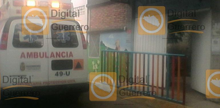 Sufren picaduras de abejas dos niños en kínder de Chilpancingo; evacuan al resto