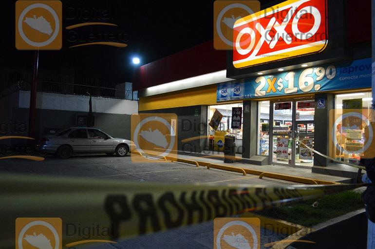 Un muerto y tres heridos deja asalto en Chilpancingo 1