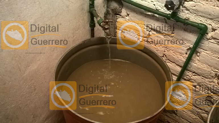 agua_sucia_ayutla