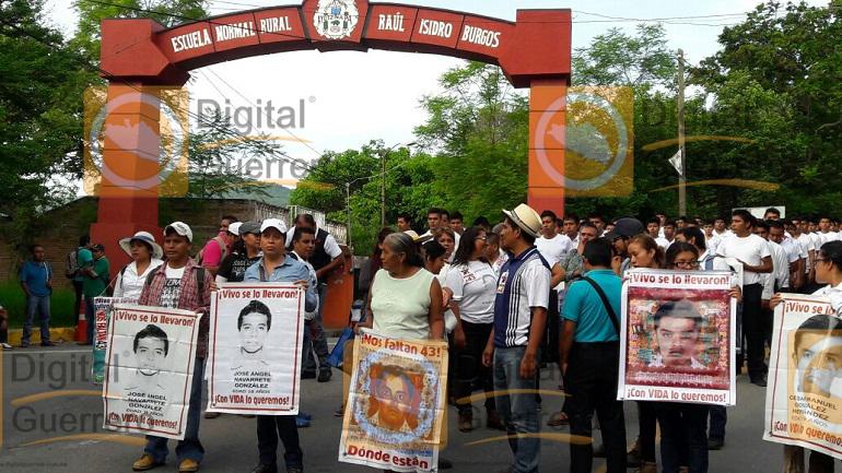 ayotzinapa_natalicio_general_vicente_guerrero (2)