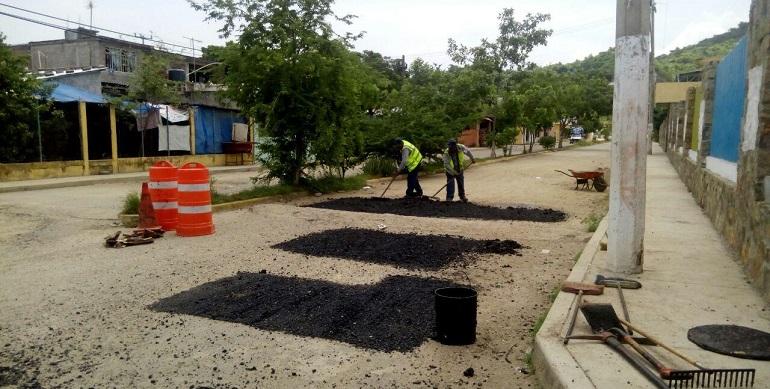 brigadas-bacheo_acapulco (2)