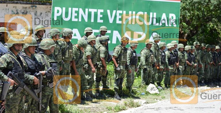 enfrentamiento_pobladores_militares_zitlala (2)