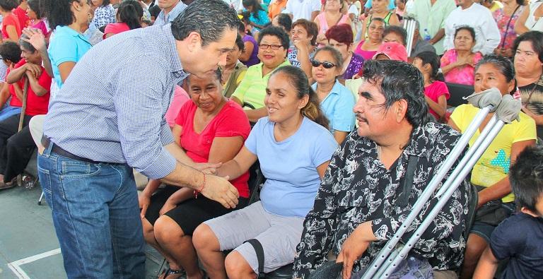 entrega_apoyos_personas_discapacidad (1)