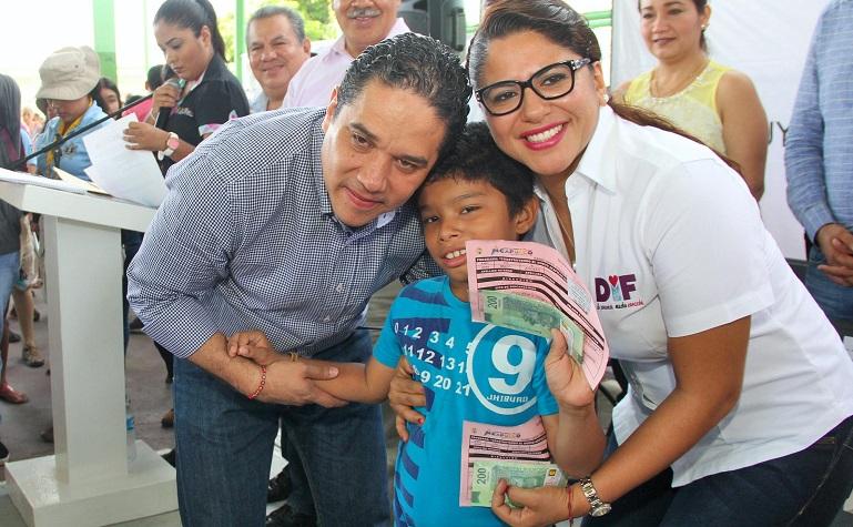 entrega_apoyos_personas_discapacidad (3)