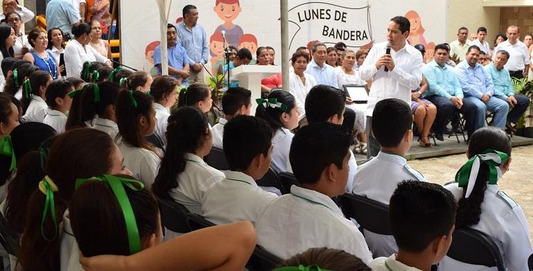 lunes_bandera_tecnia_1_acapulco (1)