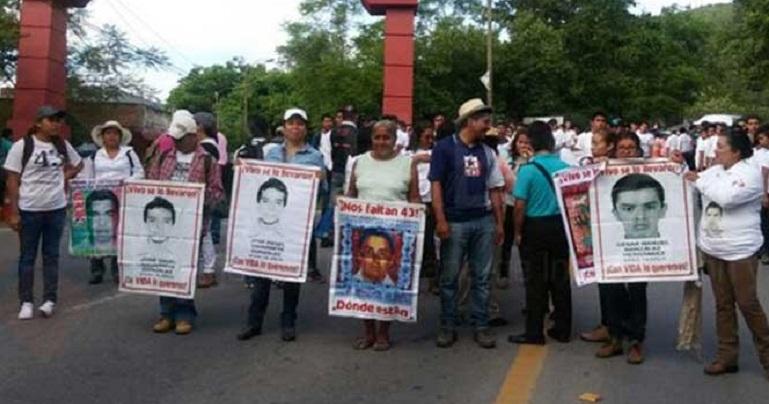 marcha_ayotzinapa_vicente_guerrero
