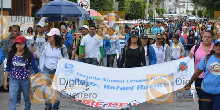 marcha_funpeg_acapulco_plazas (5)
