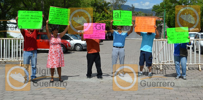 protesta_concesionarios-urbanos_acapulco1