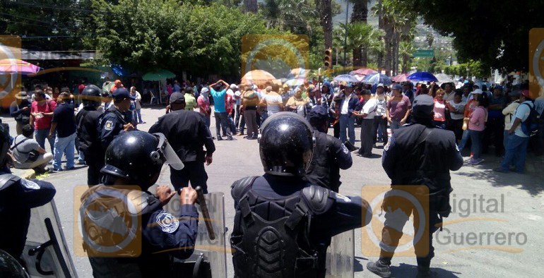protesta_maestros_chilpancingo