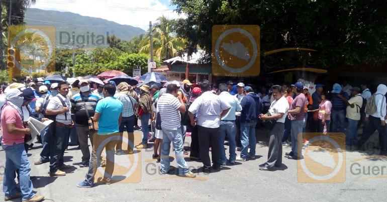 protesta_maestros_chilpancingo1