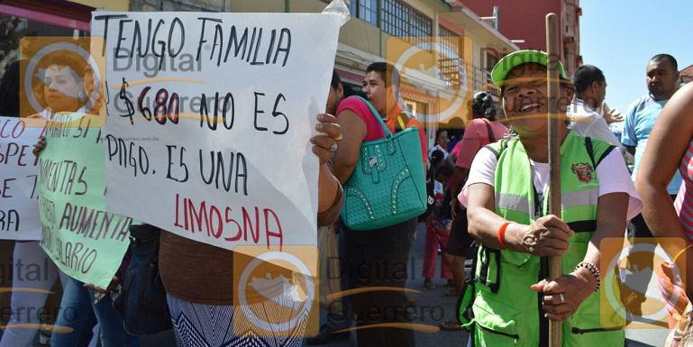 protesta_trabajadores_ayuntamiento_chilpancingo (2)