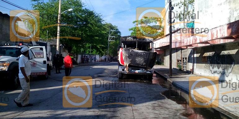 urbano_quemado_acapulco (1)