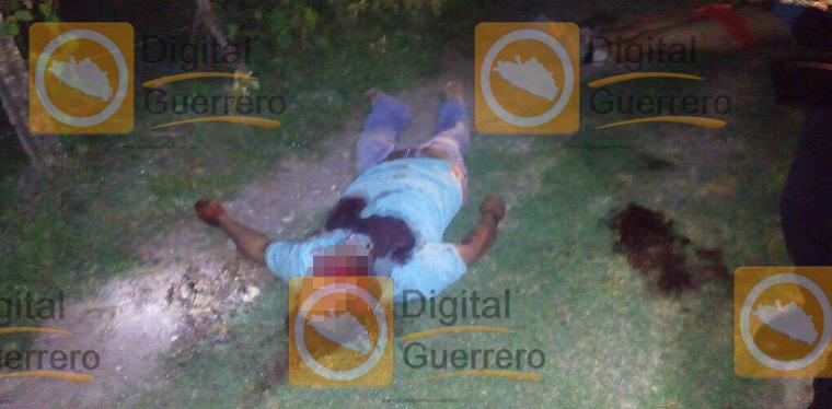 Secretaría de Seguridad Publica y a otro hombre en Iguala