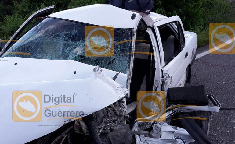 accidente_chilapa_tlapa_taxi (3)