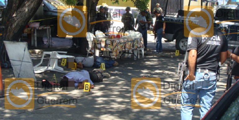 ataque_armada_fonda_acapulco (2)