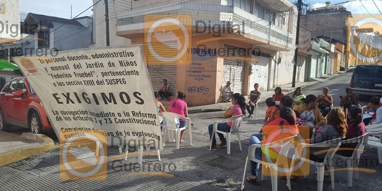 bloque_chilpancingo_despido_maestros (2)
