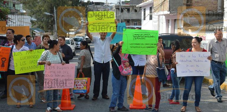 bloqueos_chilpancigno_maestros_ceteg-3