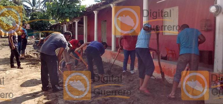 brigada_limpiza_normalistas_ayotzinapa_guerrero (3)