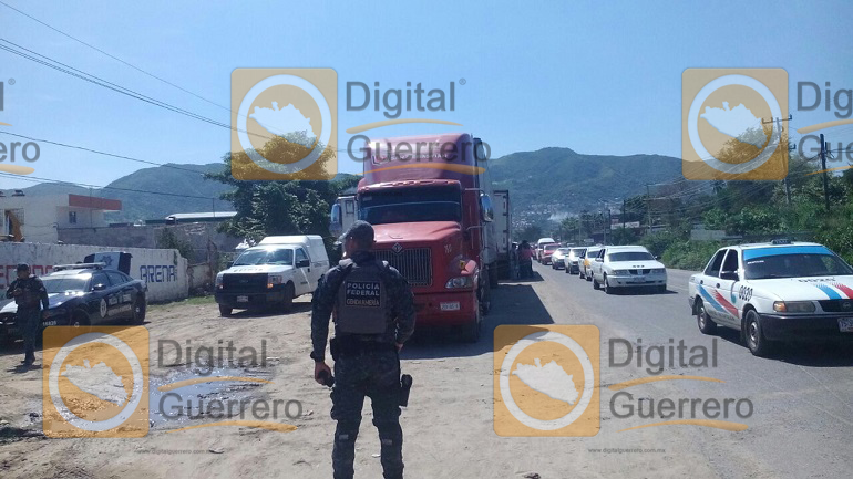 chofer_trailer_muerto_acapulco