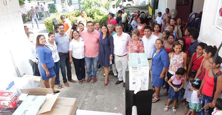 entrega_equipos_centros_dif_acapulco-2