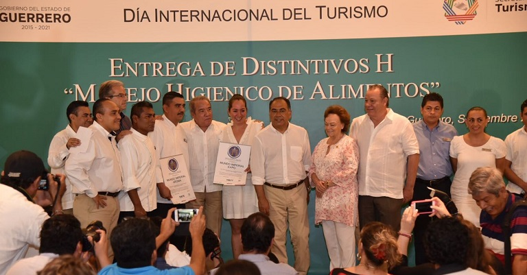 entrega_premio_h_acapulco_muno_emperial-2