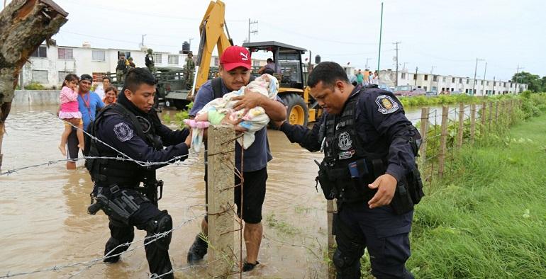 evacuacion_damnificados_acapulco
