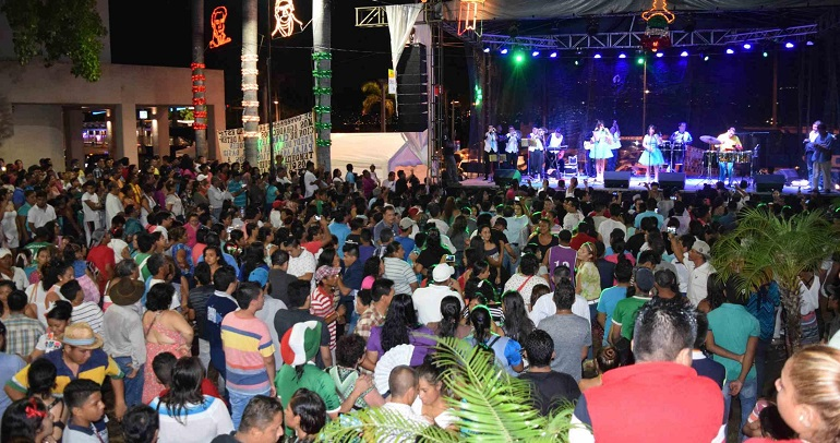 grito_independencia_evodio_acapulco-1