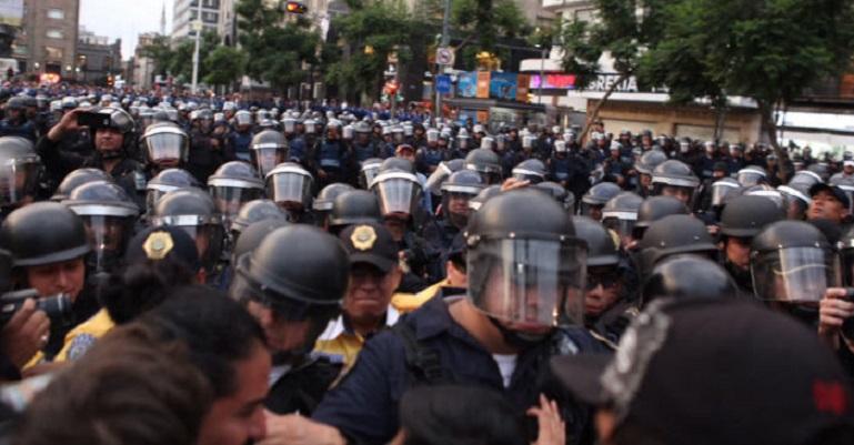 marcha-granaderos_cdmx_epn