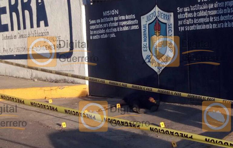 policia_ejecutado_escuela_acapulco