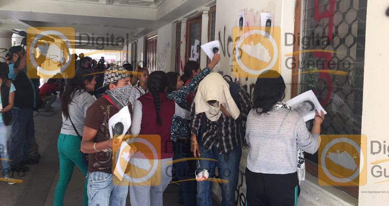 protesta_ayotzinapa_tsj_chilpancingo-1