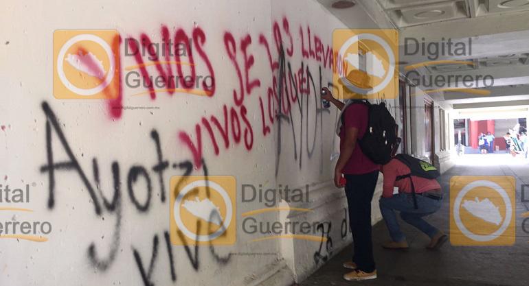 protesta_ayotzinapa_tsj_chilpancingo-2