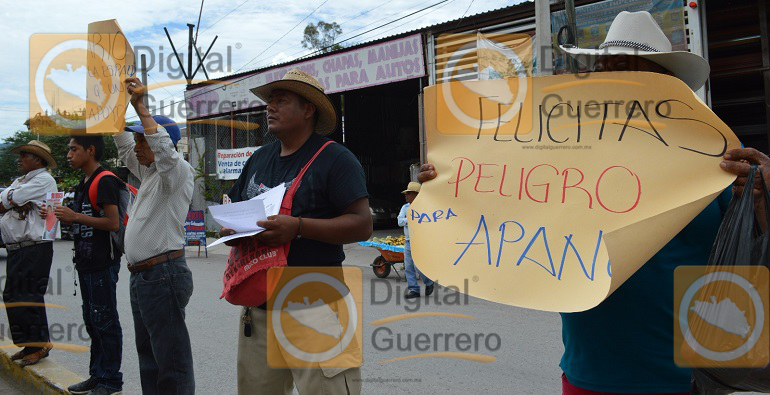 protesta_habitantes_apango_congreso_guerrero-2