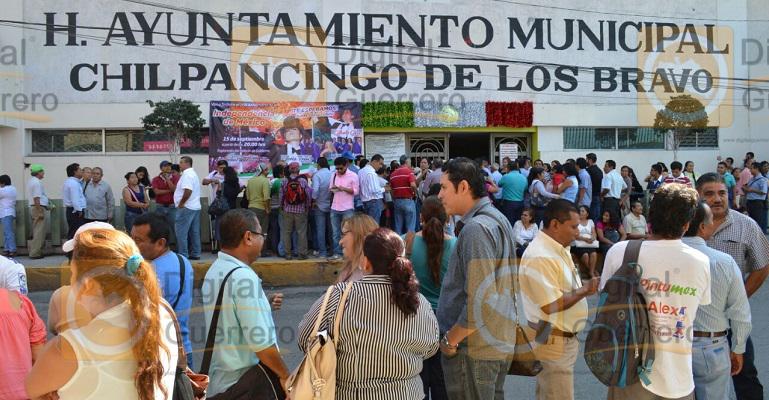 protesta_suspeg_chilpancingo_ayuntamiento-1