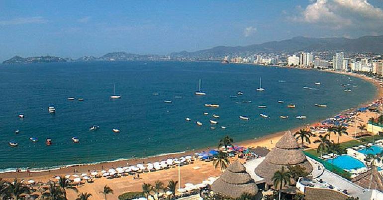 puerto_acapulco_cerrado_navegacion