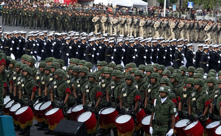 zocalo_cdmx_desfile_militar
