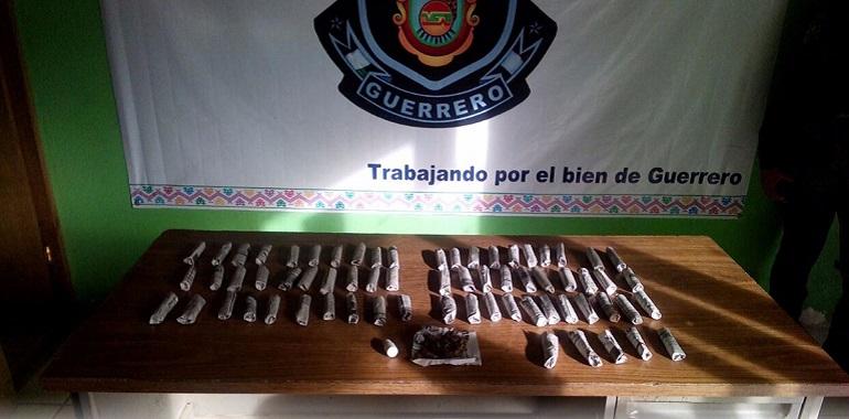 asegura-policia-estatal-acreditable-en-acapulco-a-menor-de-edad-en-posesion-de-presunta-marihuana